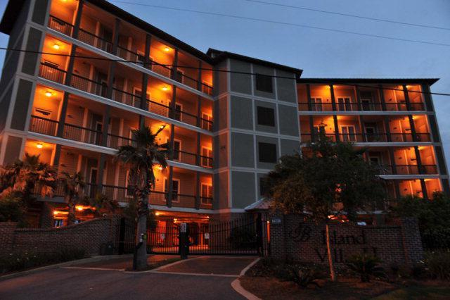 Sunset Bay Island Villas II Gulf Shores Alabama Condo Community At Night