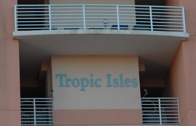Tropical Isles Gulf Shores AL Condo